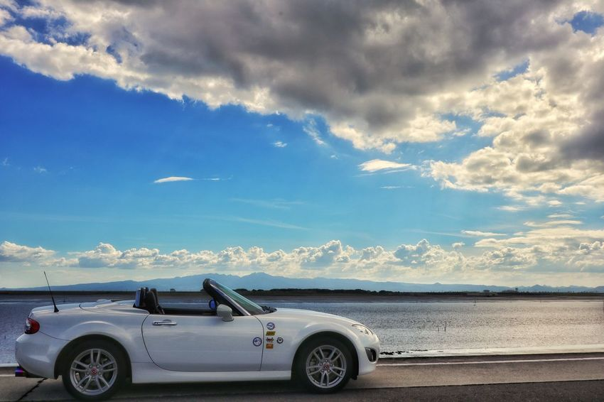 Sea And Sky Mazda Roadster Mx5 Car Carlife Beautiful Nature Nature_collection EyeEm Best Shots EyeEmNewHere EyeEm Nature Lover EyeEm Gallery ドライブ EyeEm 雲 空 Beach Road Trip Car Sea Sky Cloud - Sky Landscape Collector's Car Sports Car Gearshift Speedometer Vintage Car Car Point Of View
