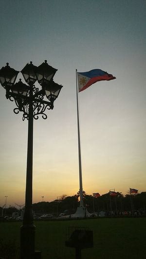 Philippine Flag Sky Outdoors Day FilipinoStreetPhotographers Travel Destinations ManilaStreetPhotography