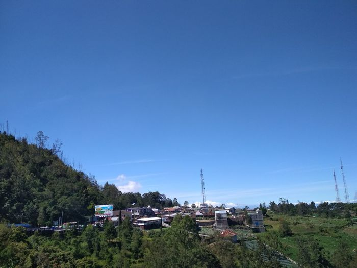 mountain lawu Tree Clear Sky Blue Sky Building Exterior Farmland Rice Paddy Residential Structure Office Building Satoyama - Scenery Irrigation Equipment Housing Settlement Agricultural Field Terraced Field Countryside Asian Style Conical Hat TOWNSCAPE Settlement Rice - Cereal Plant Ho Chi Minh City Cultivated Land Plantation
