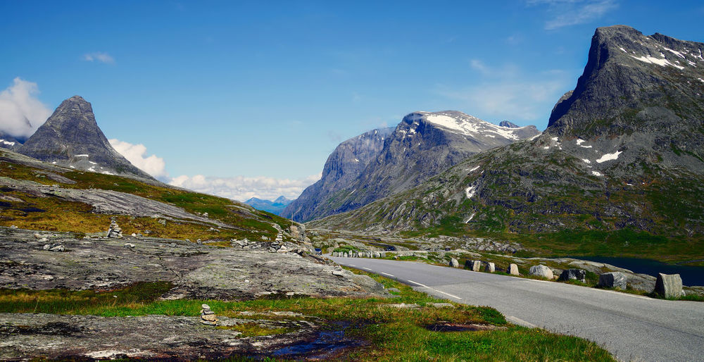 Norway, mountain road Mountain View Norway Scandinavia Travel Travel Photography Beauty In Nature Highway Lake Landscape Mountain Mountain Range Mountain Road Mountains Nature No People Norway Nature Norwegian Landscape Outdoors Peak Road Scenery Scenics Snow Snowcapped Mountain Tranquil Scene