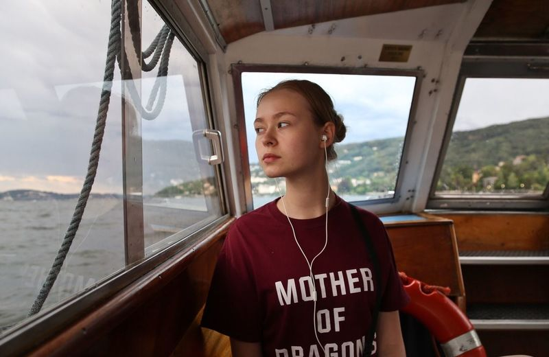 Mary My Daughter Girl Young Adult Summer Holiday Travel Portrait Water Traveling The Portraitist - 2017 EyeEm Awards Live For The Story Sommergefühle EyeEm Selects