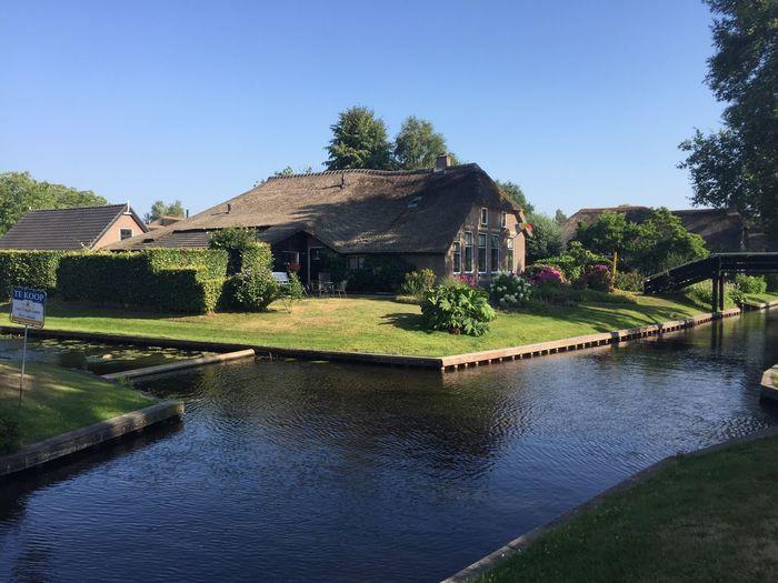 Giethoorn Hollande Water Architecture Plant Sky Built Structure Nature Building Exterior