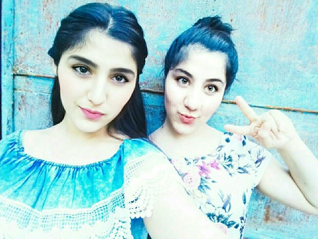 Beautiful ♥ Girls Just Wanna Have Fun :) Sisters♡ Looking At Camera Portrait Live For The Story