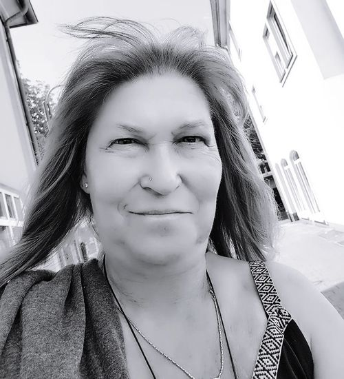 Eyeemphotography Selfie Portrait Selfietime Only Women One Person City Headshot Front View Close-up Outdoors Photography That's Me! B/W Photography B/w Collection