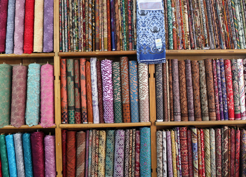 Full Frame of Textile Display at Store Arrangement Backgrounds Bat Choice Choice Close-up Cotton Fabric Fashion For Sale Full Frame INDONESIA Lace Lace - Textile Large Group Of Objects Market Multi Colored No People People Retail  Textile Variation