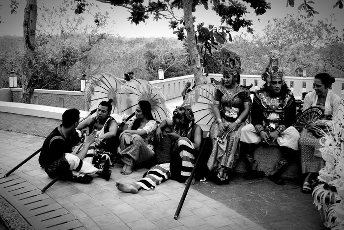 Taking a break Monochrome Photography Real People Music Large Group Of People Person Arts Culture And Entertainment Outdoors Celebration Day People Musical Instrument Horizontal Performance Men Adult Crowd Bali Bali, Indonesia Baliphotography Garuda Wisnu Kencana Garuda Wisnu Kencana Cultural Park INDONESIA Dancers Dance