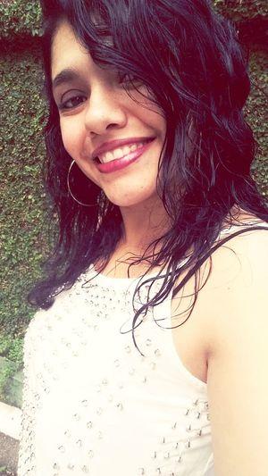 Brazilian Woman Sweet Selfıe Beauty