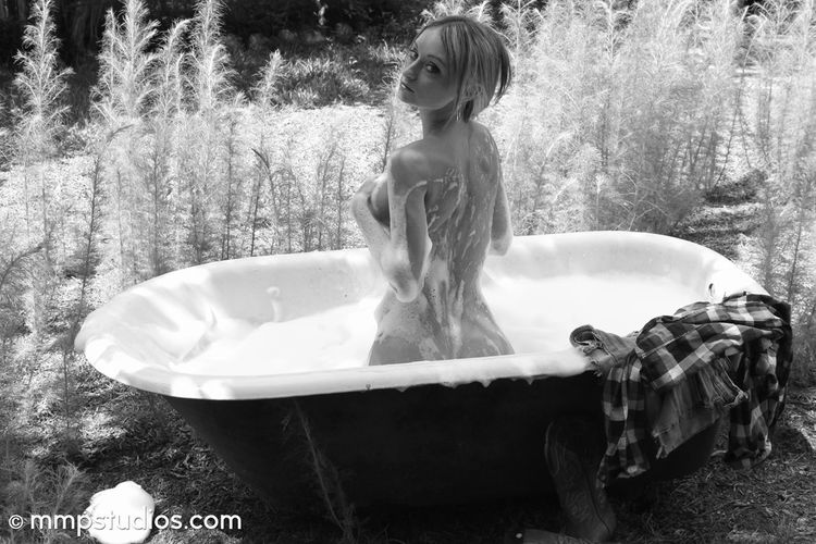 @melvinmaya @mmpstudios_com Beautiful Blonde Bubbles Country Houston Houston Texas Nature Texas Texas Photographer Bathtub Beautiful Woman Blackandwhite Gorgeous Implied Lifestyles Model Nudeblackandwhite Outdoors Photographer Photography Water