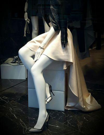 Mannequin White Skin Legs Heels Sexypose Streetphotography Street Photography Fashion Photography Fashion Store