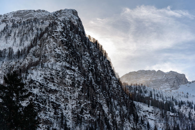 Erve Erve Miozzo Photo Miozzo No People Mountain Peak Environment Day Winter Non-urban Scene Tranquility Solid Rock - Object Snow Tranquil Scene Mountain Range Cold Temperature Beauty In Nature Mountain Scenics - Nature Snowcapped Mountain Outdoors Formation Rock Nature Sky Land
