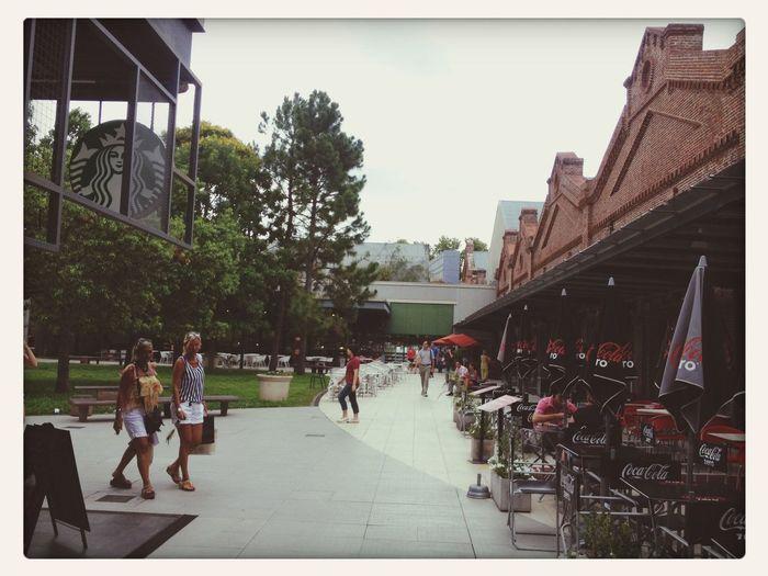 Shopping Alto Rosario, parte descoberta com cafés!