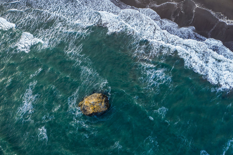 Top View drone image of a sea stack at the Oregon coast Aerial View Aerial Photography Aerial Shot Drone  Dronephotography Drone Photography Pacific Ocean Pacific Northwest  Pacific Coast Pacific Coast Highway Oregon Oregon Coast Oregon Coast Highway Coast Coastline Landscape Nature Outdoors Water High Angle View Sea Beauty In Nature Motion Rock Formation Wave