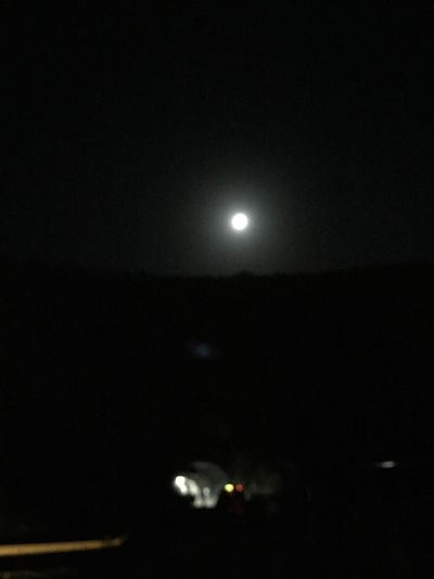 Full moon***