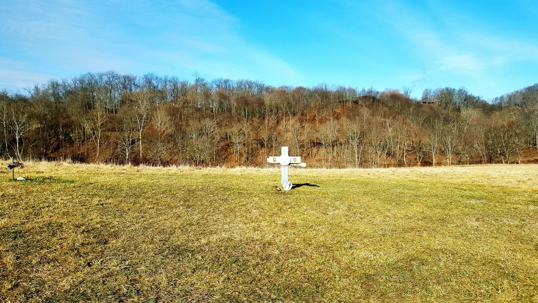 WPT Nature Biking Bike Ride Outdoors Trail Pennsylvania Bikelife Field Landscape Gone But Not Forgotten Sadness Memorial Death Rip Rest In Peace ❤ Loss Cross Angels Paying Respects WPT
