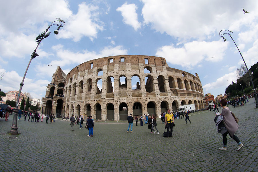 Colosseum Architecture Building Exterior Large Group Of People Famous Place Travel Destinations Tourist History Italy Colosseo Fish Eye Fish Eye Effect Ancient Rome Italian Cityscape International Landmark Lacittàeterna Built Structure Arch