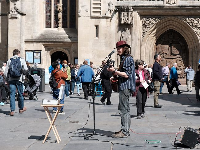Street Singer Streetphotography Street Photography Street Singer Full Length Arts Culture And Entertainment Music Musical Instrument Building Exterior Guitar Architecture Musician Standing Electric Guitar Performance Men Adult People Rock Group Day Outdoors Performance Group Adults Only