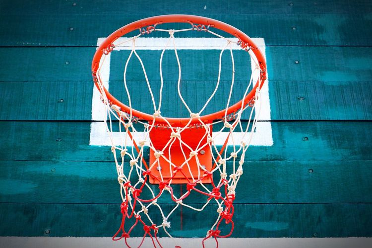 Basketball - Sport Basketball Hoop Sport Court Basketball Net - Sports Equipment Making A Basket Circle Leisure Games Taking A Shot - Sport Sports Equipment Day Outdoors Leisure Activity Scoring Basketball Player Physical Education No People