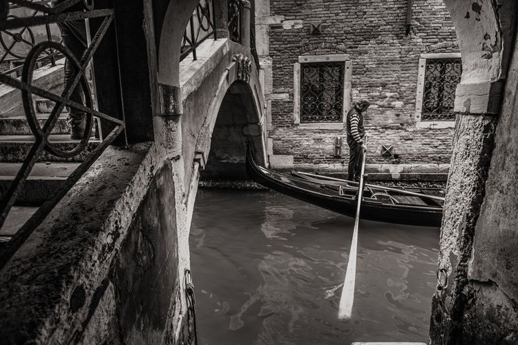 Venice vibes EyeEm Best Shots EyeEmNewHere EyeEm Selects Venice, Italy Gondilier Gondola Travel Destinations Canal Blackandwhite Streetphotography Bridge Canal Canals And Waterways Architecture Building Exterior Built Structure Steps