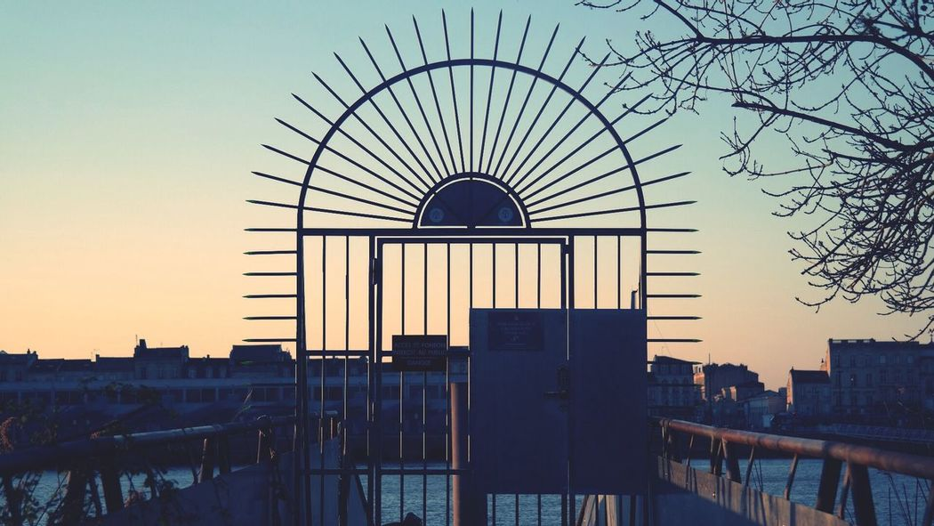 Gate Sunset Stop Door