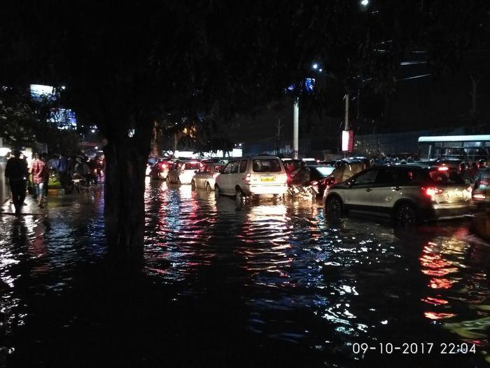 Water Logged Road Traffic Night Car