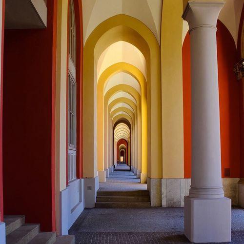 The Architect - 2016 EyeEm Awards CORRIDORCorridorrYellow And ReddYelloww andReddWallss inMunichhMünchennGermanyyGERMANY🇩🇪DEUTSCHERLAND@@BuildinggMunich ArchitectureeCheck This OuttThat's MeeTaking PhotossPhotographyyMaximillianstrasseherrRegierungVonOberbayernn