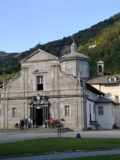Chiesa vecchia di Oropa Architecture Façade Built Structure Building Exterior Travel Destinations Outdoors Day Low Angle View Summer 2017 🏊🌞 Biellese. Religion Large Group Of People Architecture Dome Mountain Tranquility No People Sky Grass Tree
