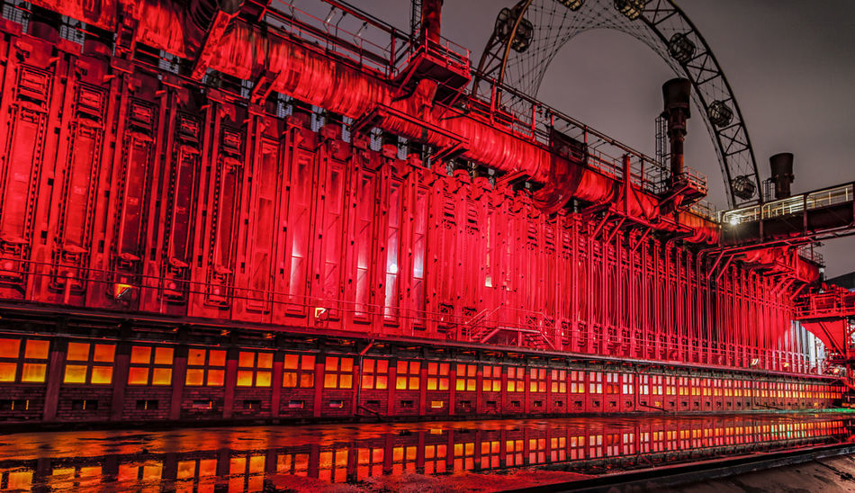 Extraschicht 2017 EyeEm EyeEm Gallery Industry Light Lights Night Lights Nightphotography Perspective Reflection Zeche Zollverein Architecture Built Structure Illuminated Illumination Light And Shadow Long Exposure Low Angle View Night No People Outdoors Red Steel Steel Structure