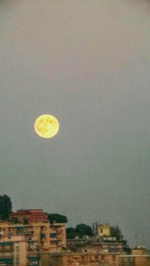 Rising of the Supermoon over Genova. Moon Samsung Galaxy Note II plus theatre monocular :) Monocular Camera Fv-5 Eyeemfilter