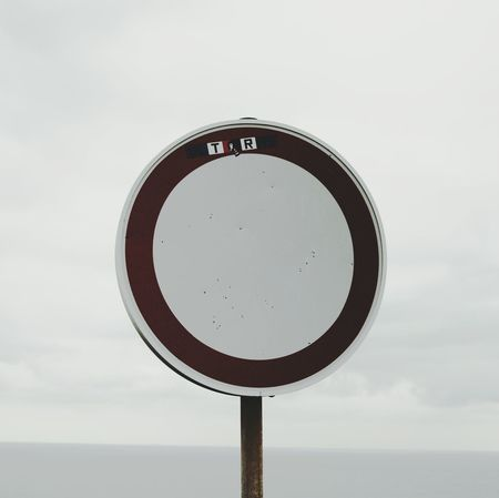 Pivotal Ideas Landscapes Travelling Square Sign