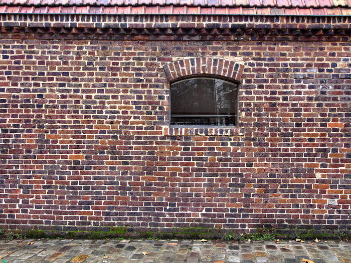 Brick, clay and stone 2017-1-12 Architecture Brick Wall Building Exterior Built Structure Cobblestone Day No People Outdoors Window