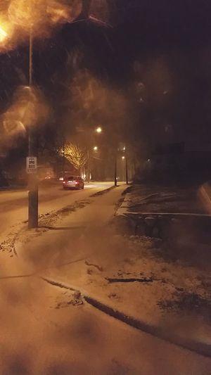 Snowing ☁