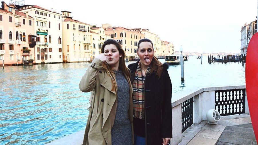La funzione di un amico è di non avere una funzione We Are Family Venice Enjoying Life Taking Photos That's Me Holiday♡