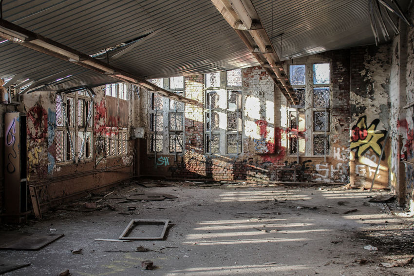 Leipzig Abandoned Architecture Bahnbetriebswerk Built Structure City Damaged Day Destruction Dirty Indoors  Lost Places In Leipzig Lostplace Lostplaces Messy No People Old Ruin Rotting Unhygienic