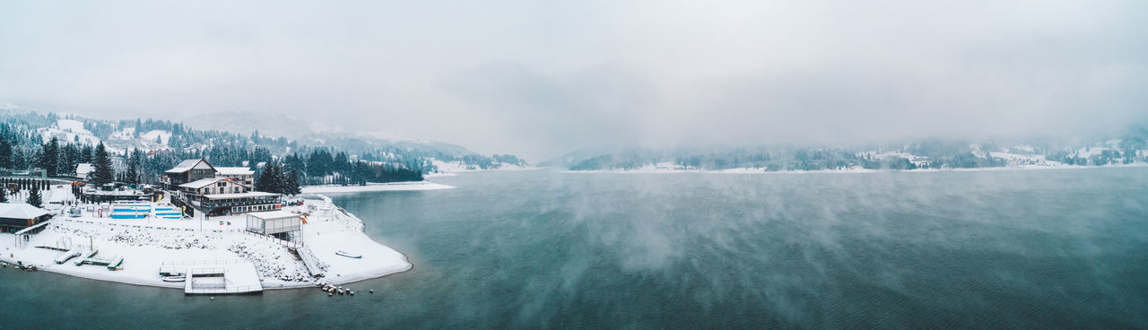 Lake Lake View Panorama Panoramic Winter Cold Temperature Outdoors Foggy Fog Cloudy Snow Mountain Nature Beauty In Nature Wind Windy