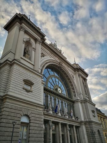 Sashalmi Budapest Keleti Pályaudvar Budapest, Hungary Keleti Railway Station 1884 City Politics And Government Clock Dome Clock Face History Sky Architecture Building Exterior Built Structure Rose Window Clock Tower