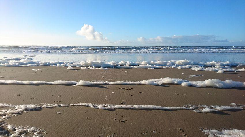 Clouds in the surf, with a bit of foam on top. Beauty In Nature Beach Sky Water Noordwijk Nederlandse Natuur Beach Life Beach Photography Noordzee Zuid-Hollands Landschap The Great Outdoors - 2017 EyeEm Awards Lost In The Landscape