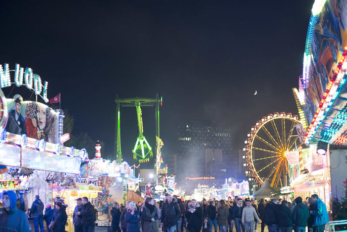 Crowd Darkness And Light Volksfest♥ Neon Life HUAWEI Photo Award: After Dark