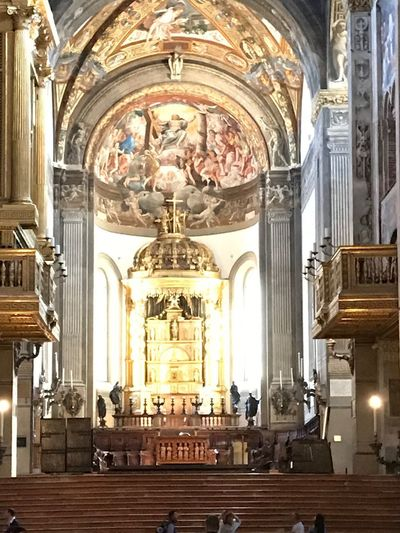 Parma No Filter Altare Duomo Di Parma Duomo Parma Emiliaromagna Italy Architecture Built Structure Place Of Worship Religion Spirituality Building Belief Altar Art And Craft Indoors  Representation Pew Human Representation Arch Ornate Mural Aisle Ceiling