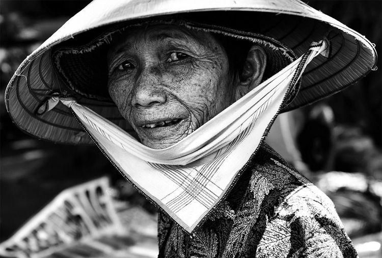 ... Streetphotography Street Photography Blackandwhite EyeEm Best Shots - People + Portrait EyeEm Best Shots - Black + White EyeEm Best Shots Portrait Of A Woman Portrait Photography NEM Black&white Bw_collection