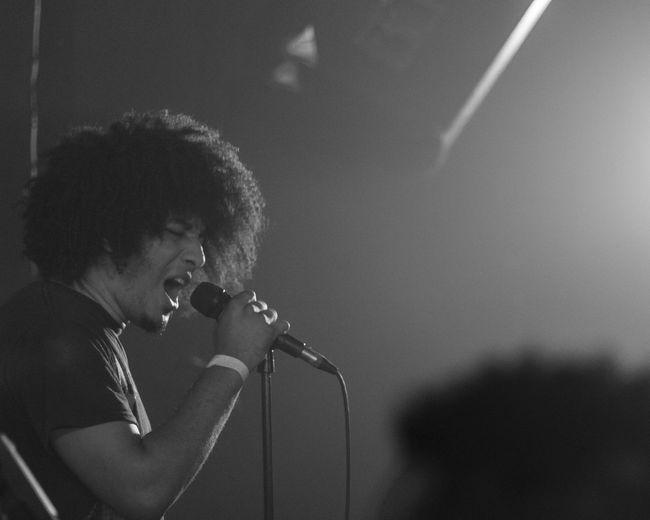 Aipeiron vocal, metal concert