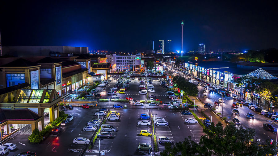 Night Nightphotography Night Lights Nightlife Night Photography City Architecture Street City Life Traffic Motor Vehicle Car Road Sky Outdoors High Angle View