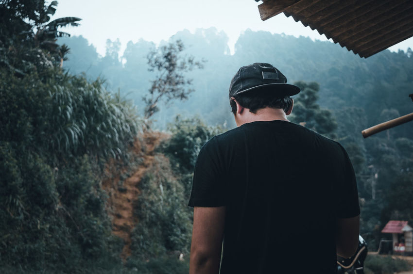Men ASIA Alone Asian  Man Nature Tranquility Beauty First Eyeem Photo Moody People Scenics Tranquil Scene Village