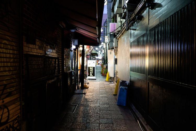 上野御徒町/Ueno Okachimachi Building Exterior Fujifilm Fujifilm X-E2 Fujifilm_xseries Japan Japan Photography Night Nightphotography Okachimachi Street Streetphotography Tokyo Ueno 上野 御徒町 東京