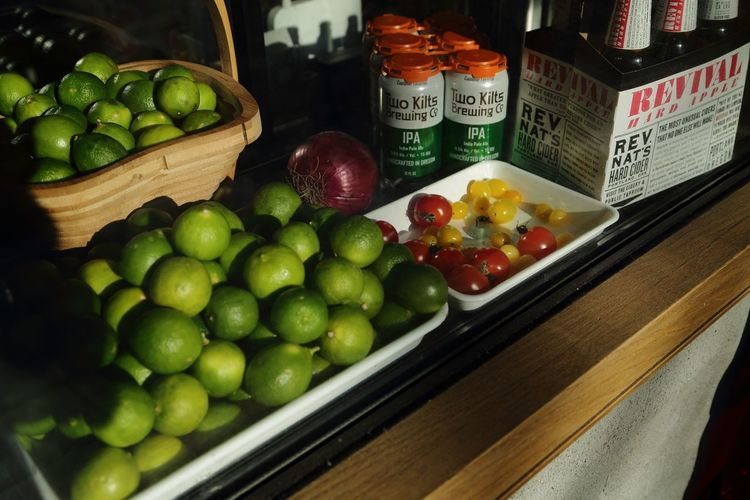 Streetphotography Eos5dmarkiii Fruit Food Apple - Fruit Healthy Eating Freshness Food And Drink Variation Indoors  Large Group Of Objects Green Color Granny Smith Apple No People Day Close-up