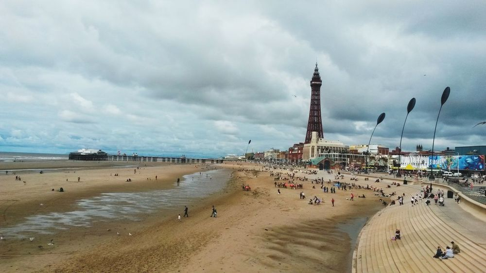 Blackpool Promenade Blackpool Blackpool Beach Blackpool Tower Blackpool Seafront Blackpooltower Seafront Views Sea No People Beach Outdoors Nature Cold Summer Days Grey Sky Grey Skies Day Horizon View Tourist Attractions Beside The Seaside