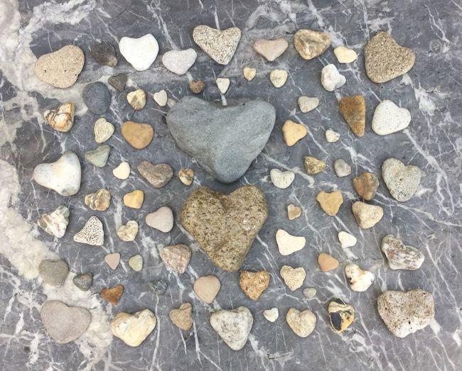 Pebbles Things Organized Neatly Heart Pebbles Cailloux Pierre Coeur  Coeur De Cailloux Corazón De Piedra Stone Heart