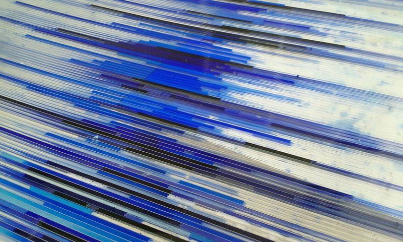 Compostion avec un équilibre visuel en ancre Bleu Ancre Table Bleu Degradé
