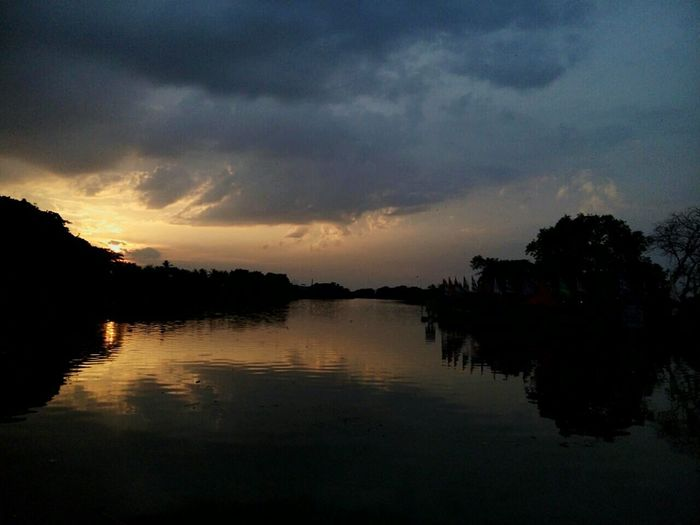 Sunset at Pekan Cina, Alor Setar. Enjoying Life Nofilter Sunset Riverside First Eyeem Photo