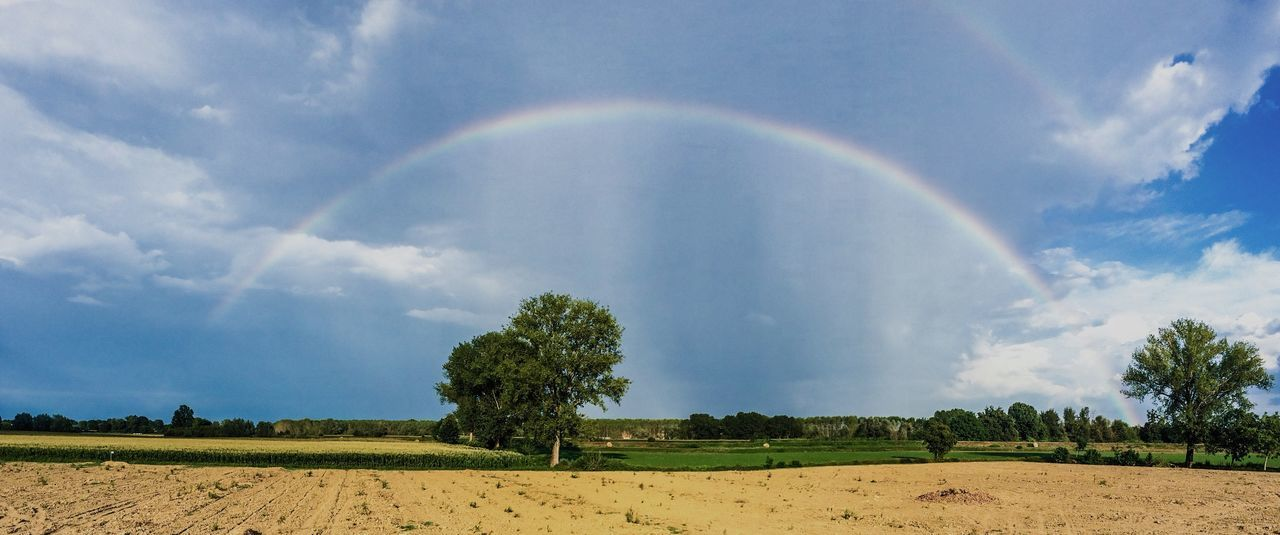 Rainbow Arcobaleno  Countryside Sky Check This Out Taking Photos Italy