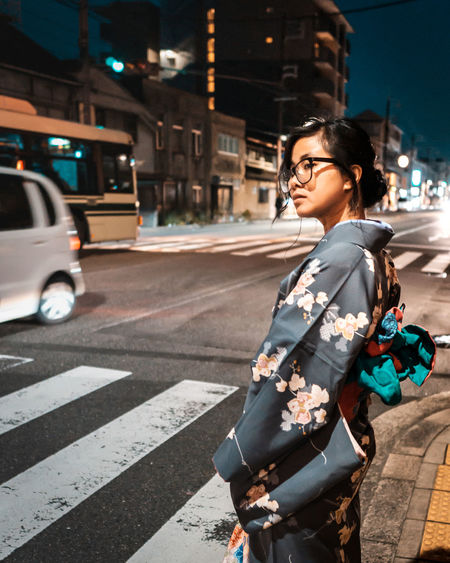 Kimono Girl Kimono City Young Women Women Hailing Pedestrian Portrait Road City Life Car Street Crosswalk Zebra Crossing Pedestrian Crossing Sign Road Signal Crossing Sign Road Intersection Crossing It's About The Journey EyeEmNewHere 2018 In One Photograph International Women's Day 2019 Streetwise Photography